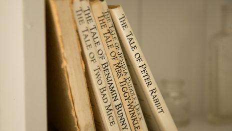 Books 464x263