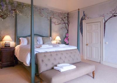 Honeymoon Bed 400x284