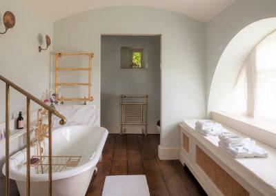 Shackleton Bathroom 400x284