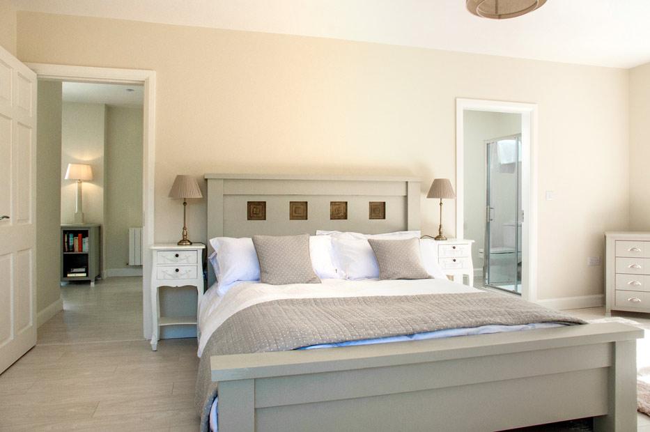 Bedroom Master Bed
