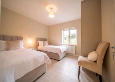 Bedroom Triple 2 400x284