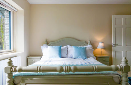 Double Bed 460x300