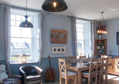 Dining Room 3 400x284