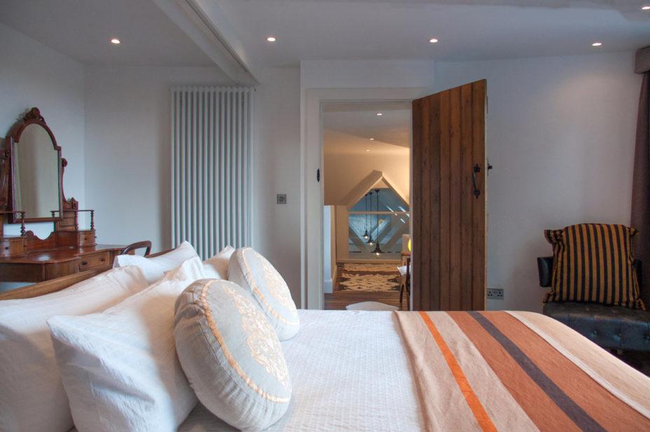 Master Bedroom Door 928x617