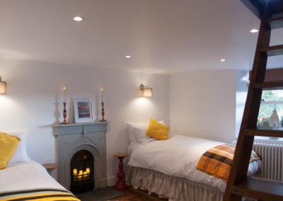 Twin Bedroom Ladder 400x284