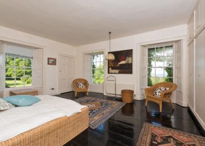 Bedroom Corner 400x284