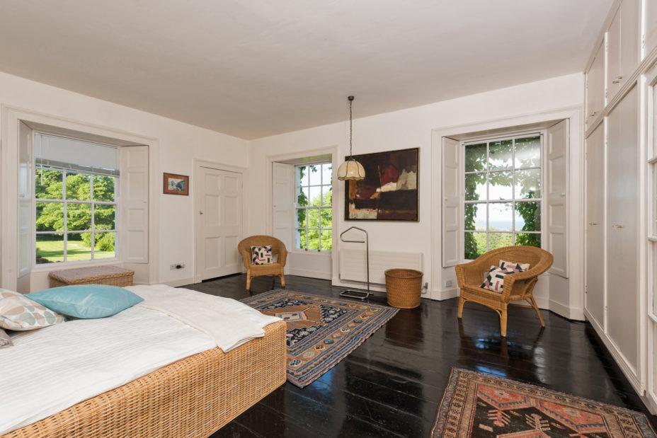 Bedroom Corner 928x619