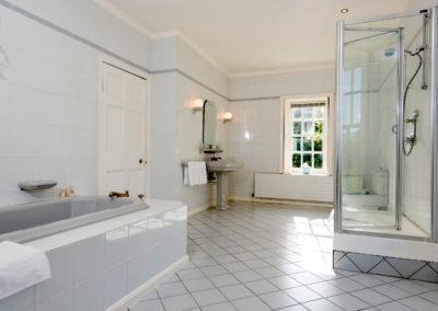 Shower 400x284