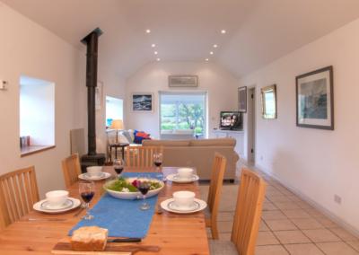 Dining Area 400x284