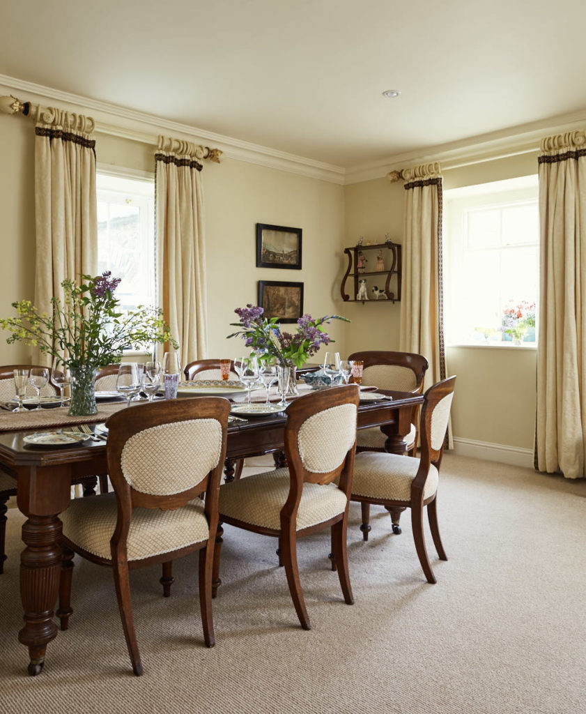Dining Room Chairs 841x1024