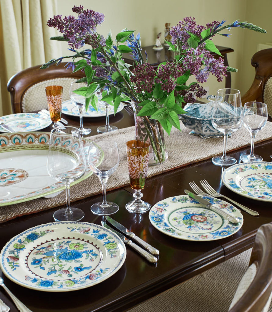 Dining Table Setting 892x1024