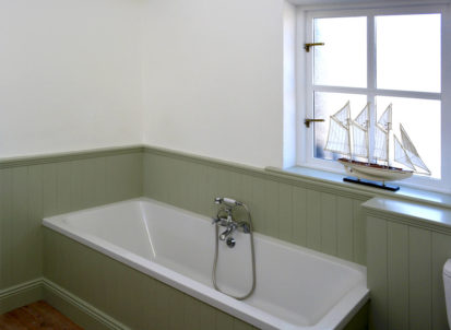 Bath 413x302