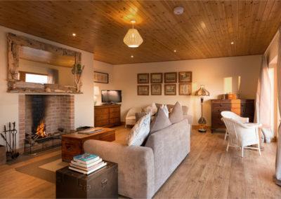 Living Room 400x284