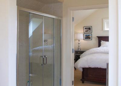 Master Bathroom Shower 400x284