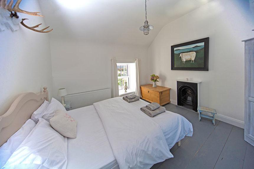 Bedroom 861x574