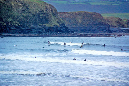 Surfers Lahinch