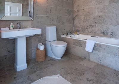 Bathroom Ensuite 400x284