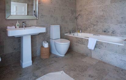 Bathroom Ensuite 413x263
