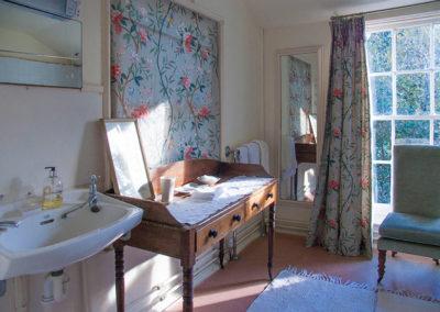 Bedroom Ensuite Edith 400x284