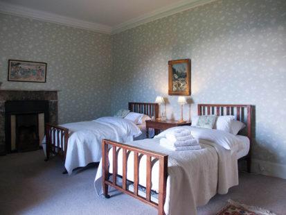 Bedroom Twin 413x310