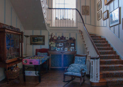 Stairs Window 413x291