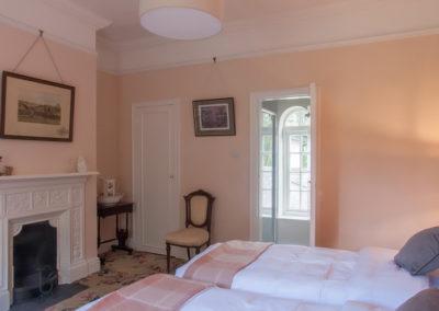 Bedroom Twin Ensuite 400x284