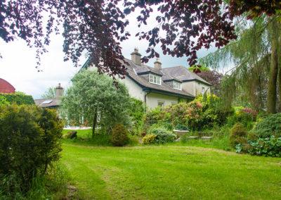 House Garden 3 2 400x284