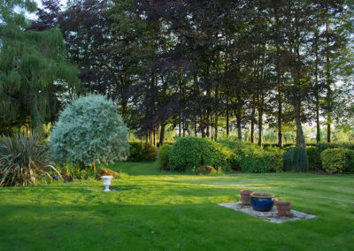 House Garden 400x284