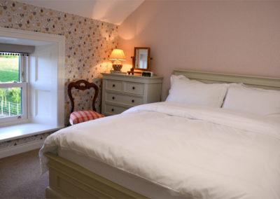 Coop Bedroom 400x284