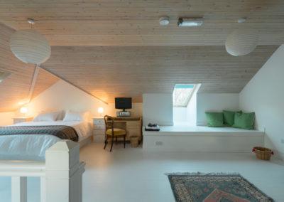 Bedroom 7 400x284
