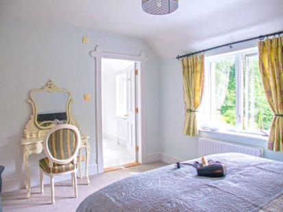 Bedroom 413x310