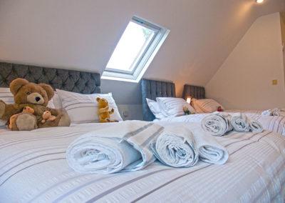 Triple Beds 400x284