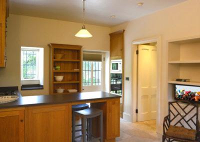 Kitchen Oven 400x284