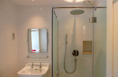 Shower Room 413x270