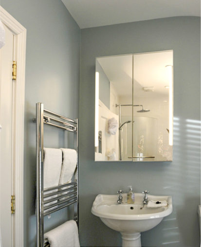 Bathroom 413x508