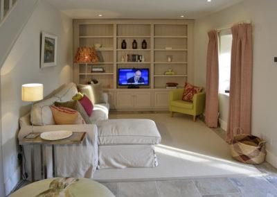 Tv Lounge 400x284