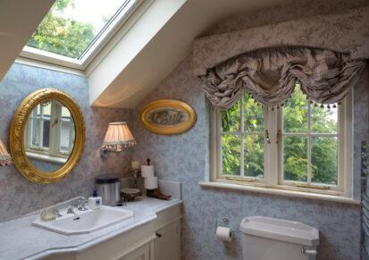 Bedroom Ensuite Sink 413x291