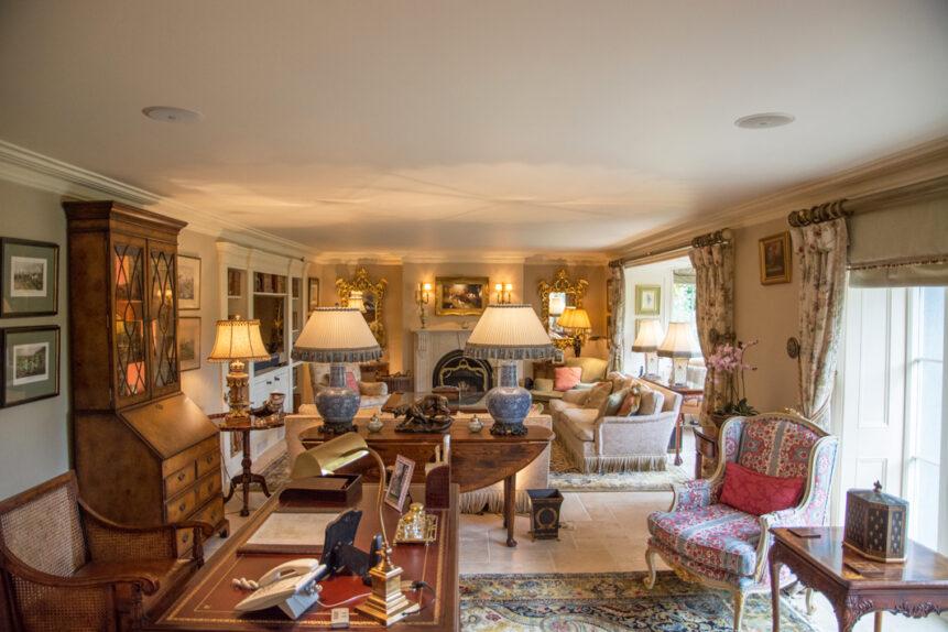 Living Room Length 861x574