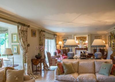 Living Room Sofa 400x284