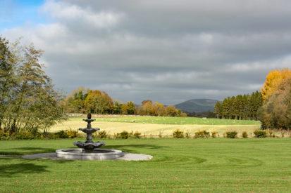 Fountain View 413x275