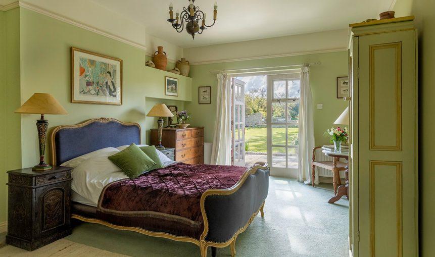 Bedroom 1 861x509