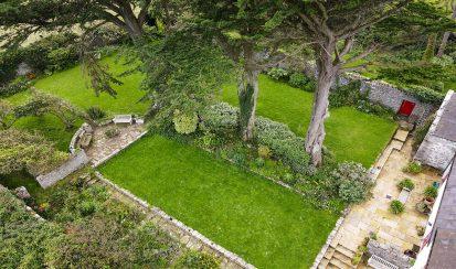 Walled Garden 413x244