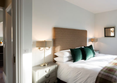 Bedroom Wide 400x284