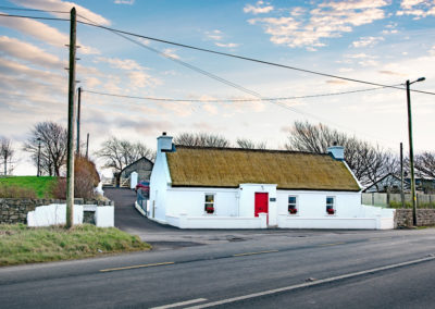 Cottage Angle 400x284