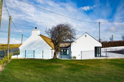 Cottage Side 413x275