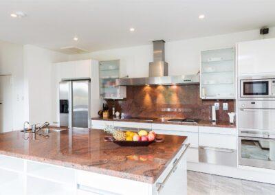 Kitchen Granite Surface 400x284