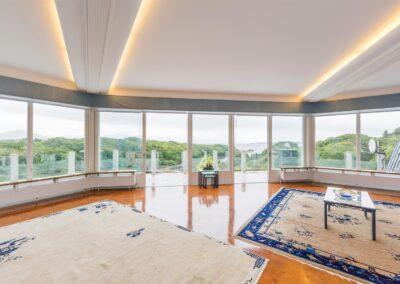Penthouse Parquet View 400x284