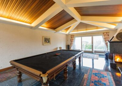 Snooker Table 400x284