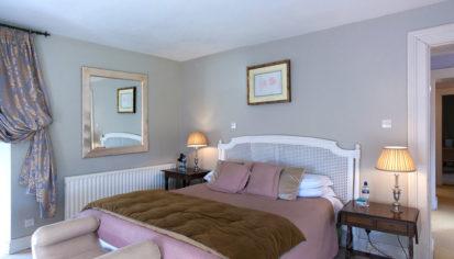 Bedroom Double King 413x236