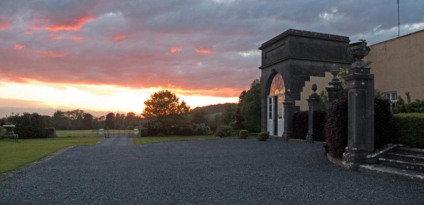 House Entrance Sunset 861x417